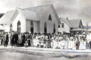 church with people before 1928